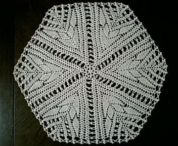 レース編み、六角形のドイリー